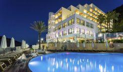 4.5* Palladium Hotel Cala Llonga auf der Insel Ibiza • Für Erwachsene ab 18 Jahre!